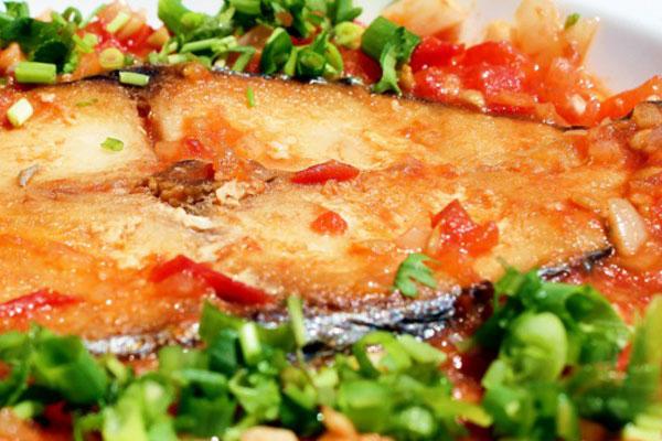 Chế Biến Món Cá Thu một nắng sốt cà chua